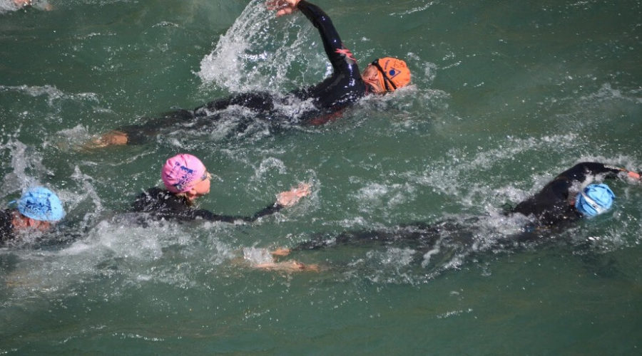 Hogyan tájékozódj egy triatlonos úszás során?