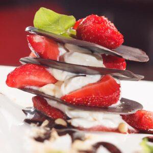 Csokis desszert eperrel